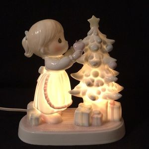 1993 Precious Moments Girl LightingChristmas Tree